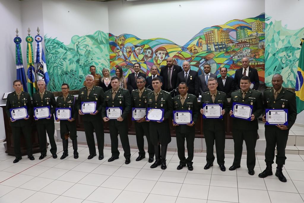 Em sessão solene vereadores de Ponta Porã homenagearam centenário do 11º RC Mec