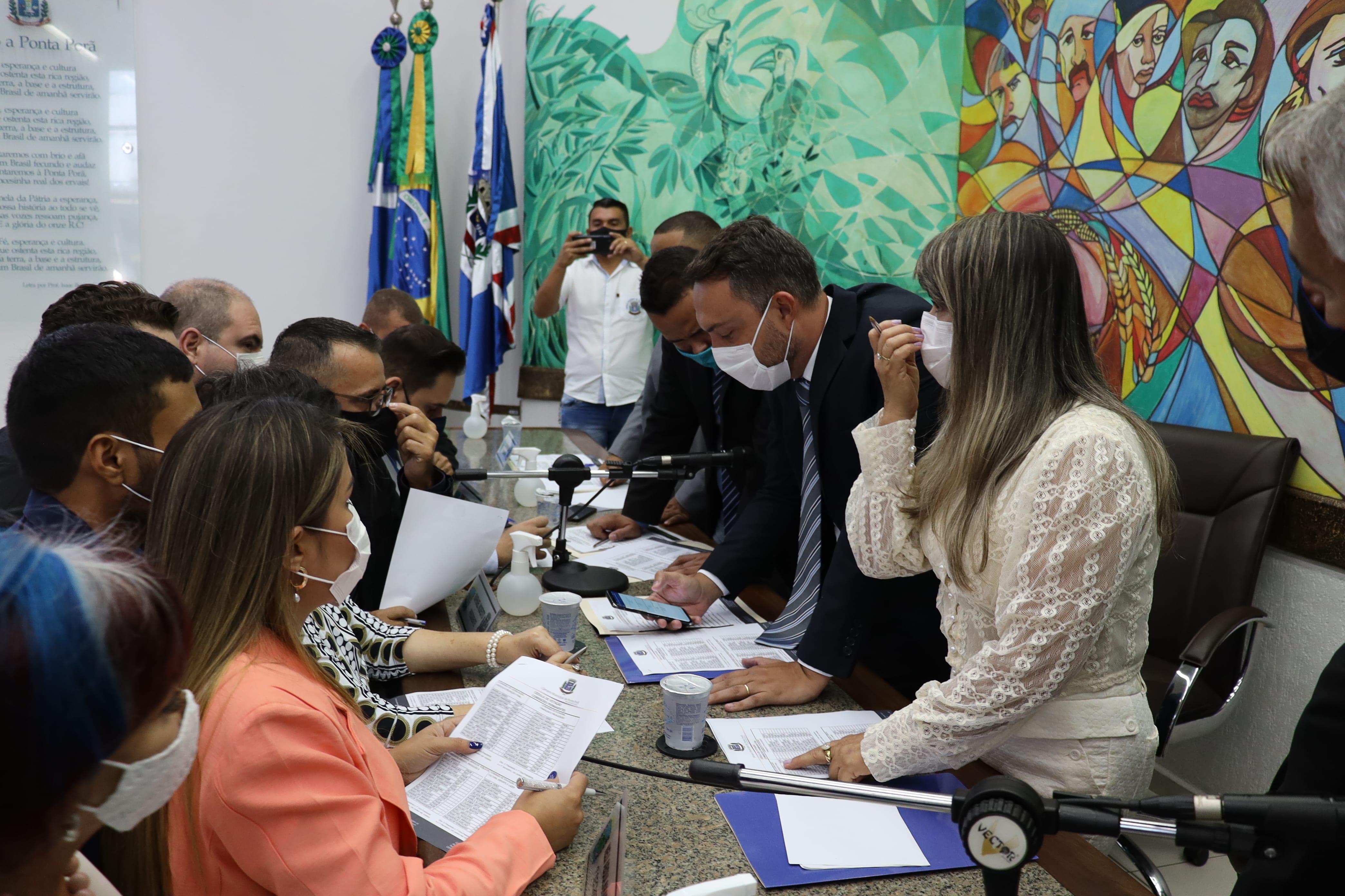 Vereadores pedem ao governador incentivos financeiros para empresários prejudicados pela pandemia
