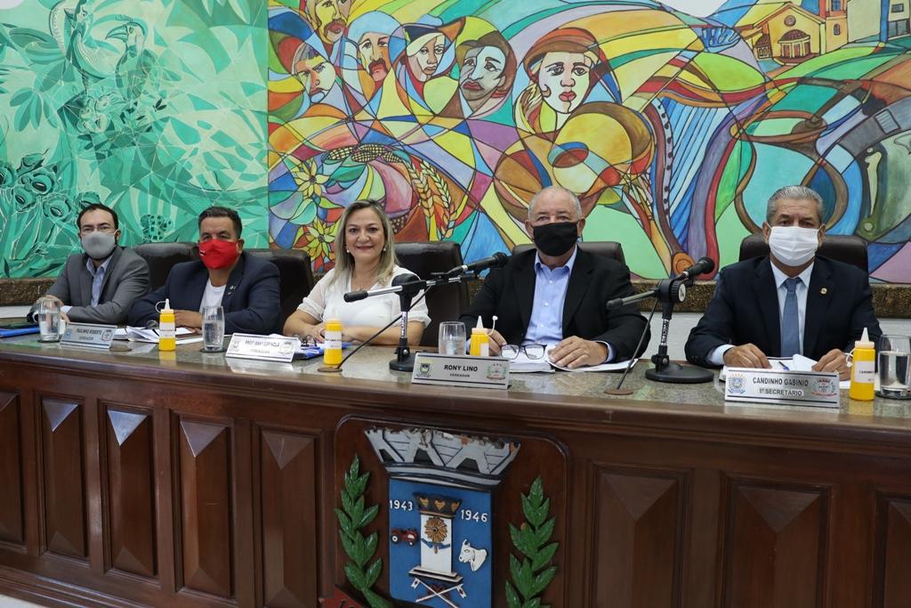 Câmara aprova Orçamento e mudanças na estrutura administrativa da Prefeitura para 2021