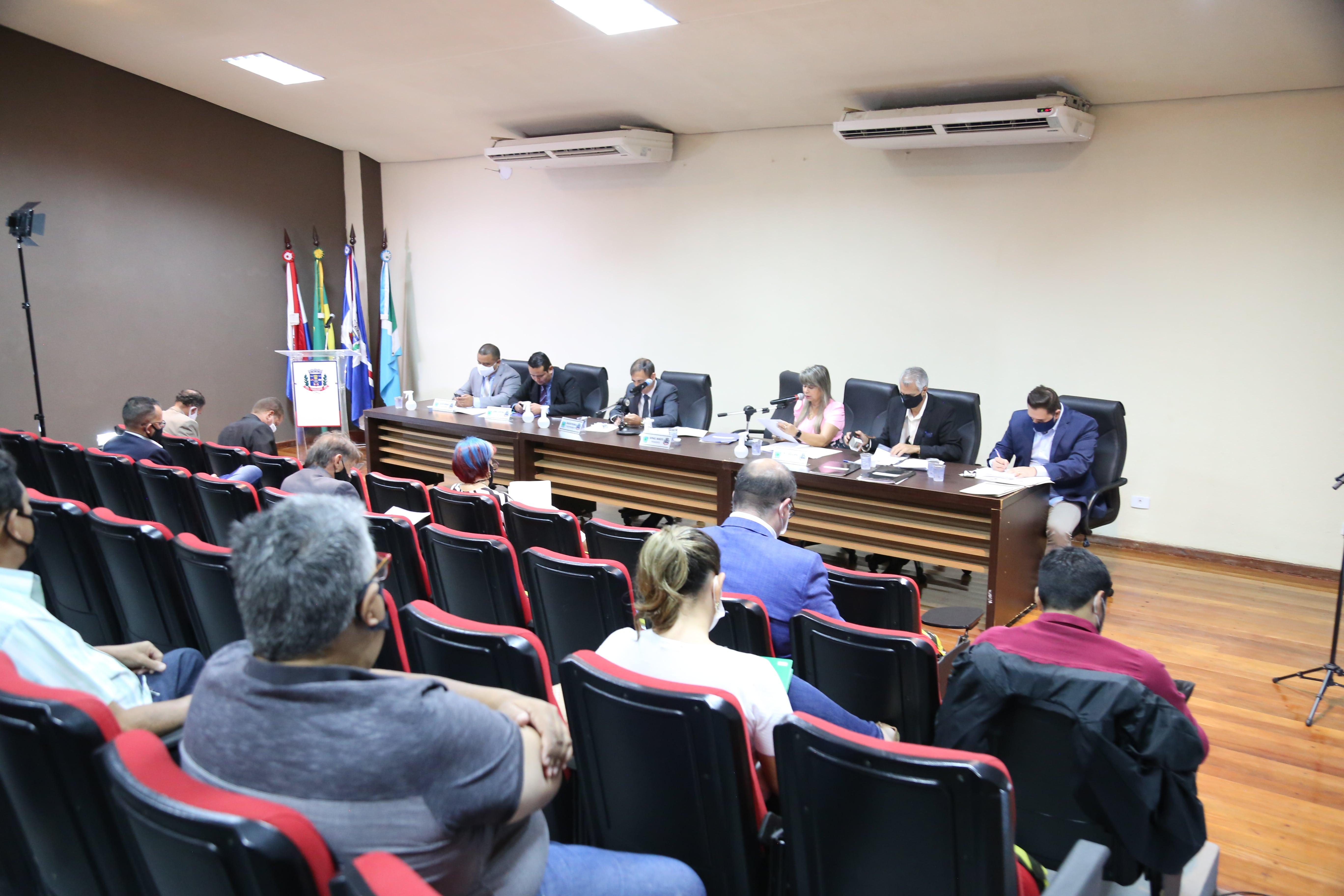 Vereadores querem ações para impedir uso de agrotóxicos em lavouras próximas à área urbana de Ponta Porã