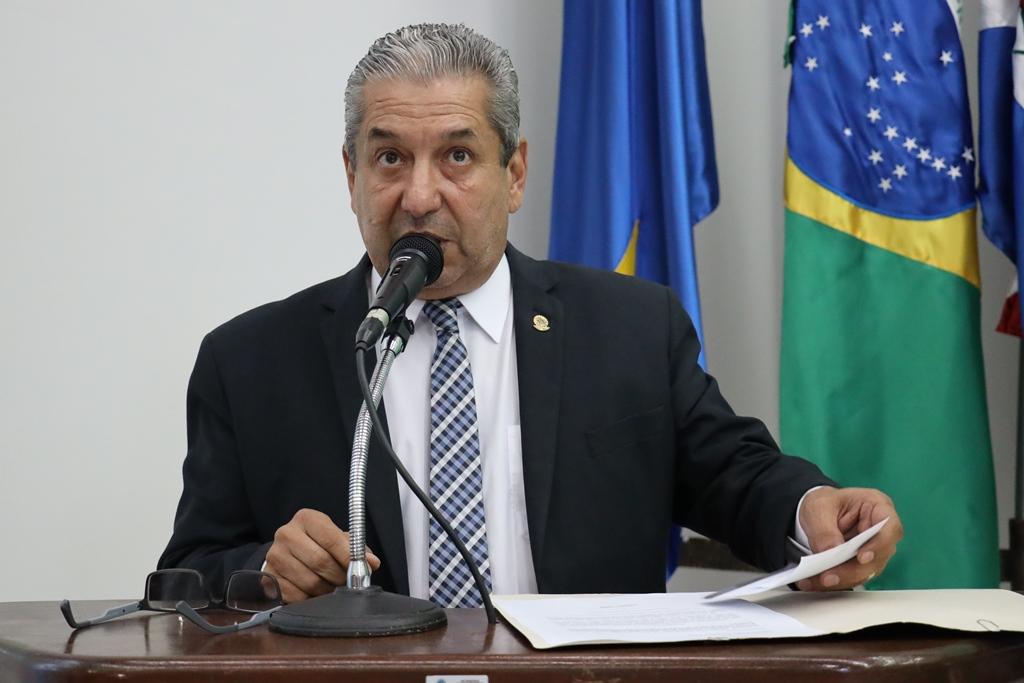 Candinho Gabínio anuncia que Câmara vai devolver mais de R$ 1,4 milhão à Prefeitura